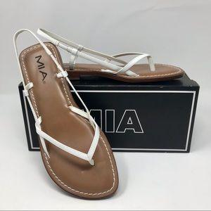 """NWT MIA White """"Island"""" Sandals SIZE 8 1/2M"""